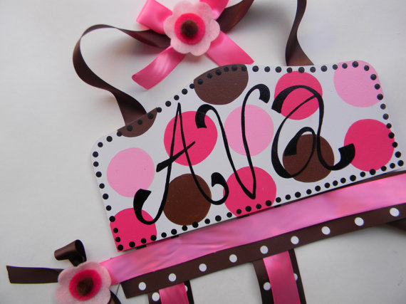 Plaque Hair Bow Holders Ava-plaque hair bow holder, hair bows, hair bow holders, tutu, tooth fairy pillows, headbands, pendants, charms, hairbow, hairbow holder, barrette holder, personalize hair bow holder, hairbows, ballerina bow holder, ballet bow holder, animal print bow holder, tooth pillow, party hats, birthday party hat, 1st birthday party hat, 1st birthday